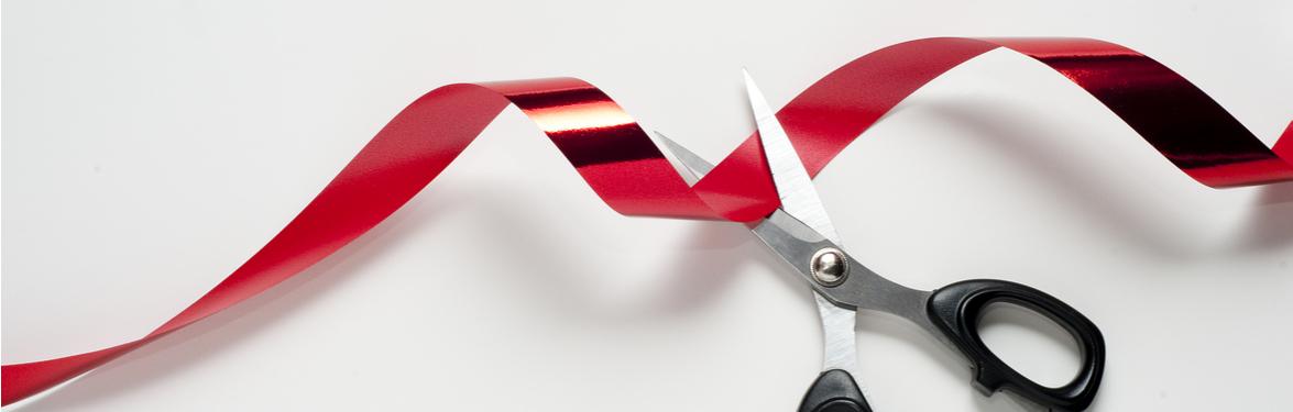 cohesity-blog-hero-ribboncutting2