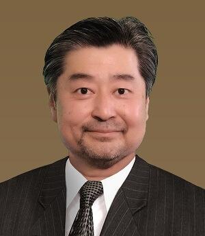 Curt Kwak headshot